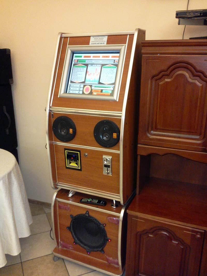 Сенсорный музыкальный автомат б/у